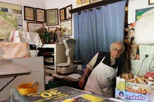 Huszonötezer aláírás az öreg cukrászmesterért