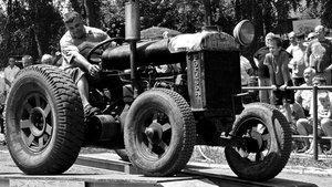 Solymári traktoros találkozó - látványos videó