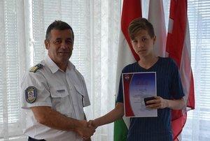 Ő az a 14 éves fiú, aki segített megtalálni az eltűnt alzheimeres bácsit