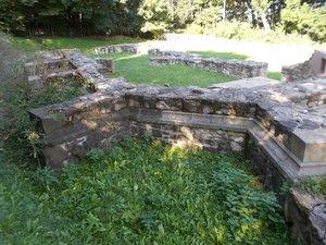 Makovics János: A Pálos kolostor romjai