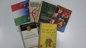 100 forintos könyvvásár a könyvtárban