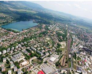 Lezárják a Mária utcai és a Gorkij utcai vasúti átjárót Dorogon