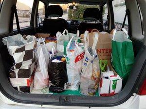 43 családnak jutott a jólelkű kesztölciek adakozásából