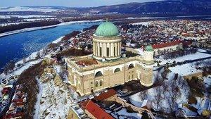 Gyönyörű drónfelvételek a Dunakanyarról