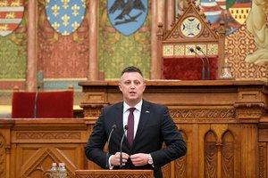 Győrffy Balázs, az Agrárkamara elnöke kesztölci termelőkkel találkozik