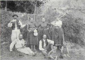 Kesztölci aratók az 1800-as évek végén