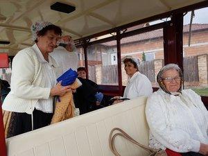 A Pávakör tagjai a kisvonattal utaztak