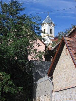 Templomunk és házaink