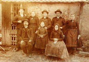 Kara Imre családja