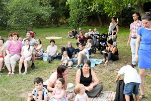 Piknik az Erdészház kertjében