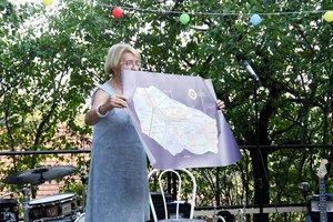 Radovics Istvánné Kesztölc dűlőneveinek térképével