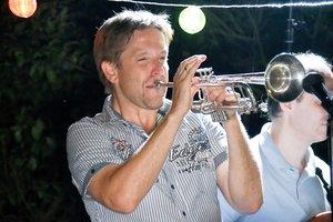 Szalkay Dávid trombitál