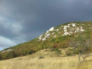 A Kétágú-hegy sziklái