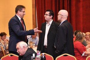 Dr, Völner Pál lapunk szerkesztőjével, Lehoczki Dáviddal és Nyírő Andrással beszélget