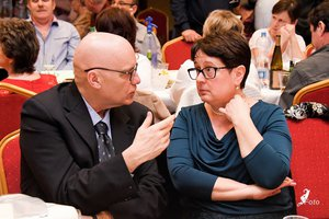 Nyírő András az Országos Szlovák Önkormányzat elnökével,  Hollerné Racskó Erzsébettel beszélget