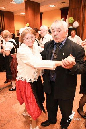 Simonek Antal Radovics Istvánnéval is táncolt