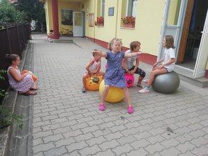 Játékdélelőttökkel várták a kesztölci iskolásokat